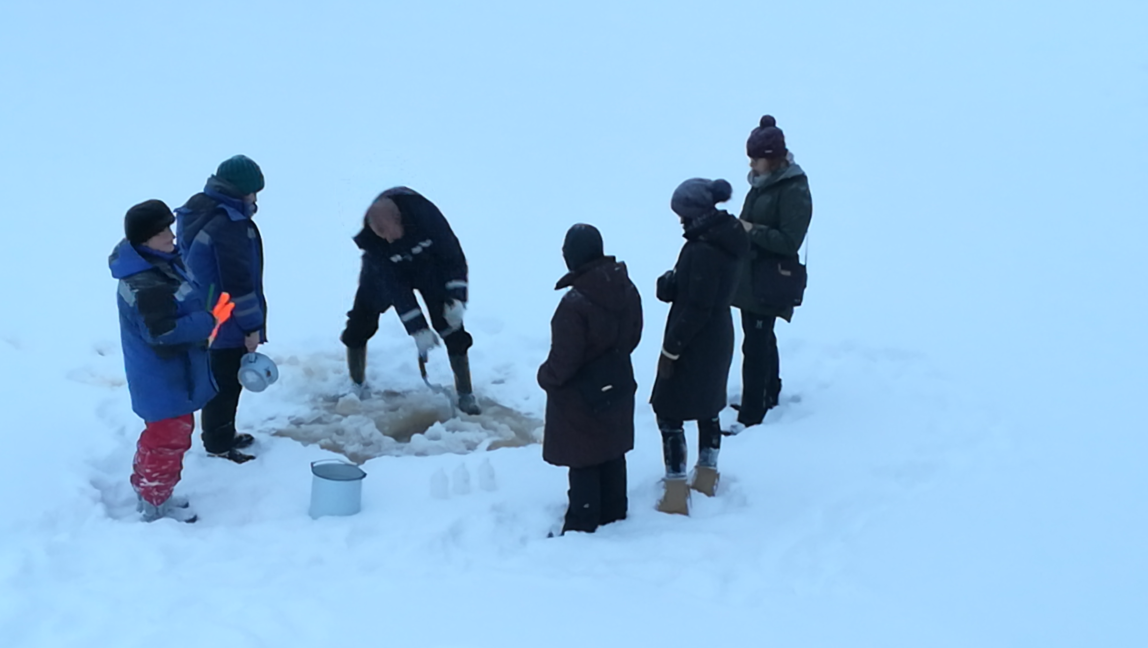 On January 22-23, 2019 project partners of КА5016 jointly took samples of Tohmajoki river water