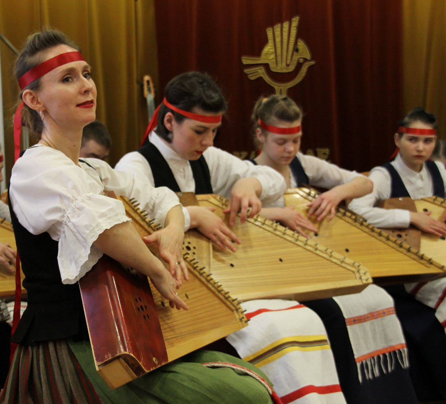 Elena Magnitskaia and her kantele students